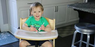 Keekaroo Right Height High Chair Review (VIDEO)