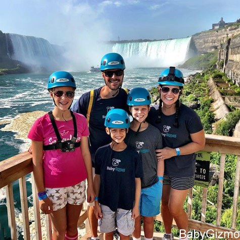 FAMILY AT Niagara Falls Zipline