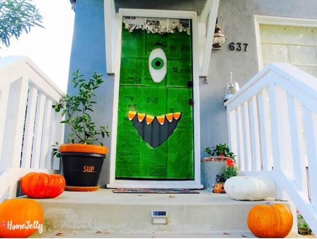 door candy corn