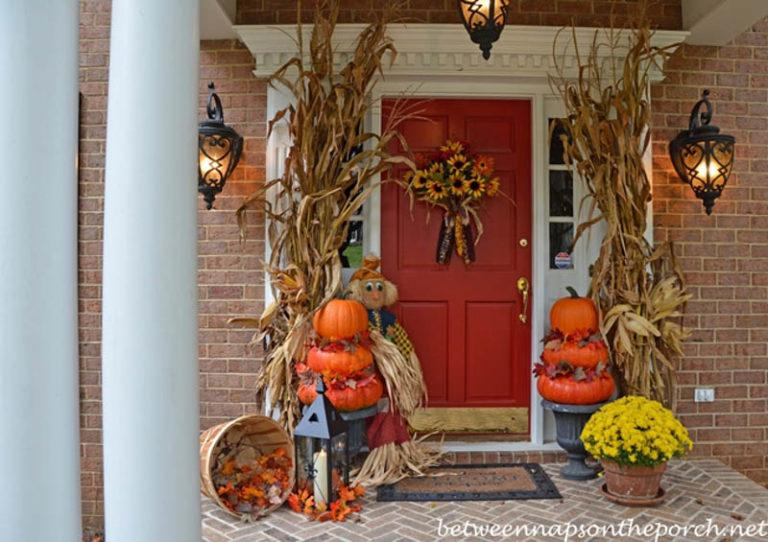8 Fall and Thanksgiving Porch Decor Ideas We Love