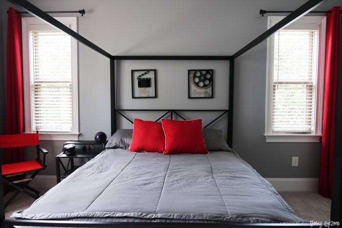 Hollywood bedroom