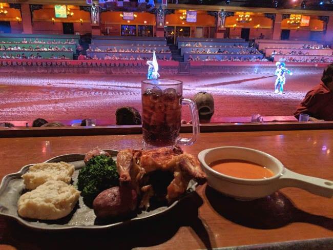 tournament-dinner