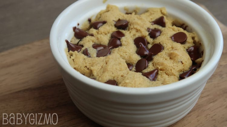 How to Make an Eggless Chocolate Chip Mug Cookie