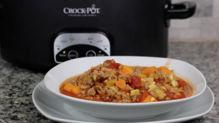 Healthy Crockpot Sweet Potato Turkey Chili Recipe