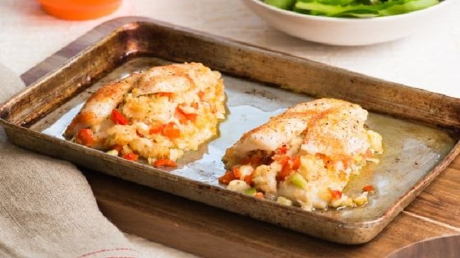 crab-stuffed flounder meal