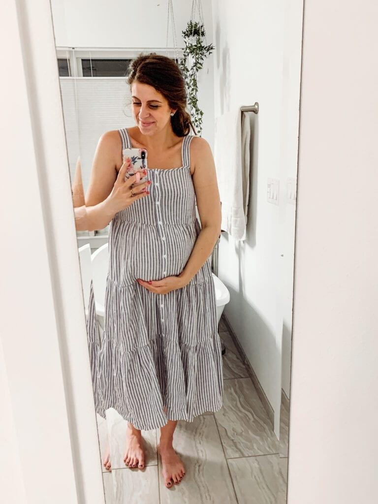 pregnant mom in sundress