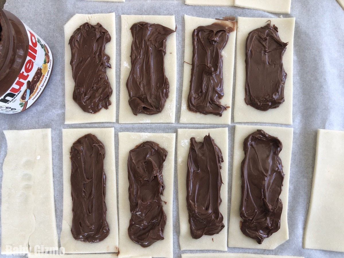 Nutella Pop Tarts with Filling