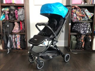 auto fold stroller with blue canopy