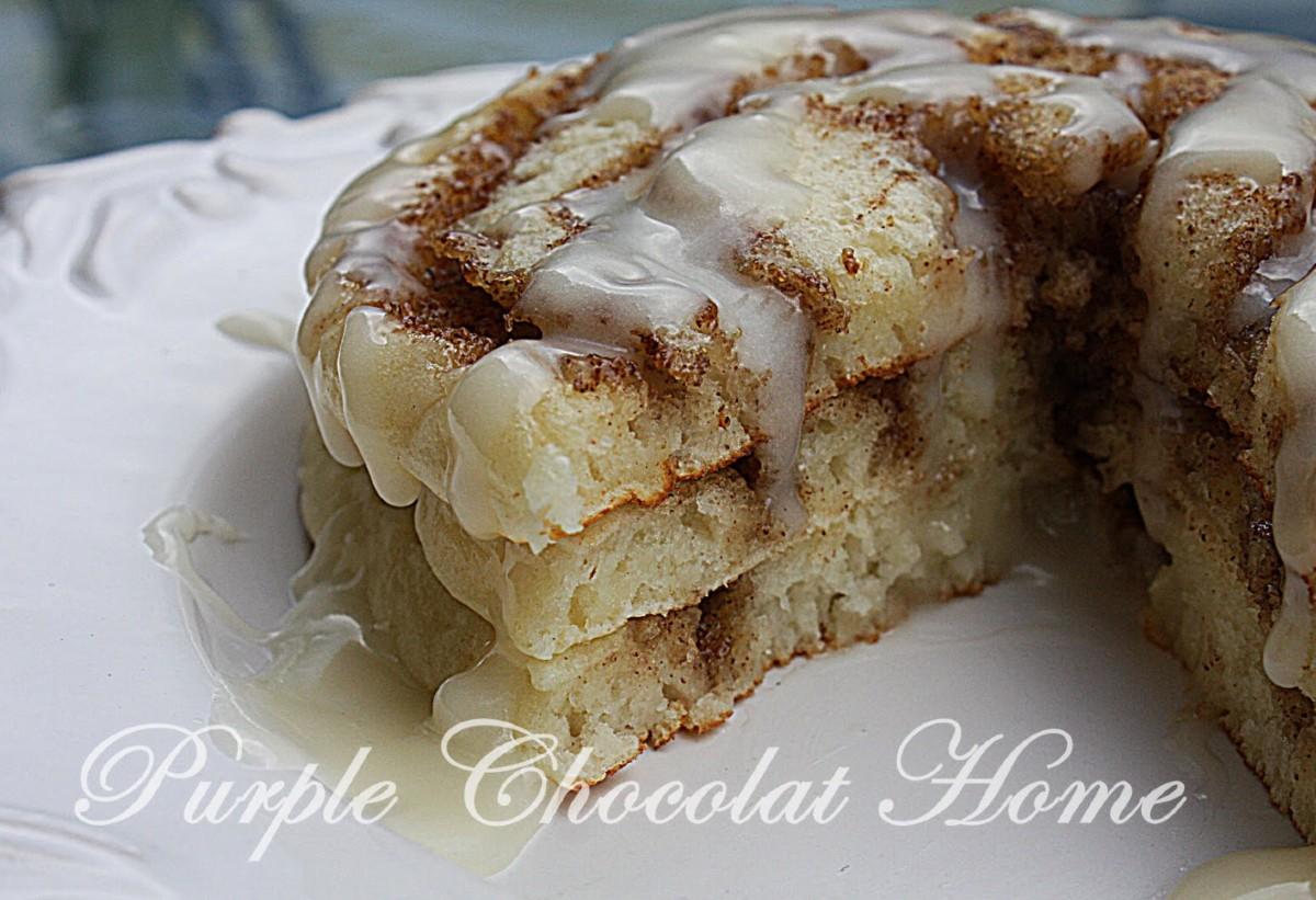 ciinamon roll pancakes