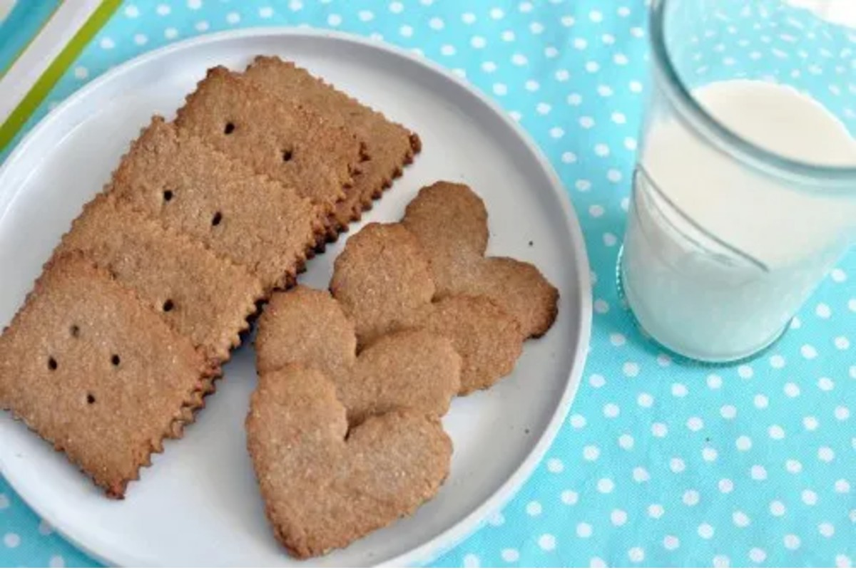 5 square Homemade Graham Crackers with 4 heart shaped homemade graham crackers with milk
