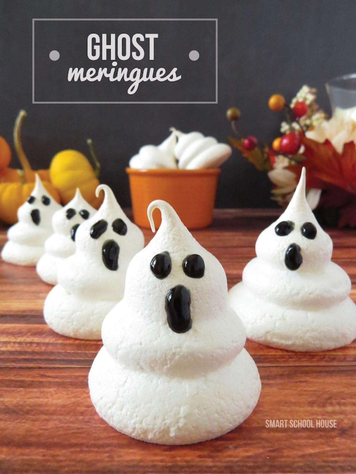 cute ghost meringues cookies