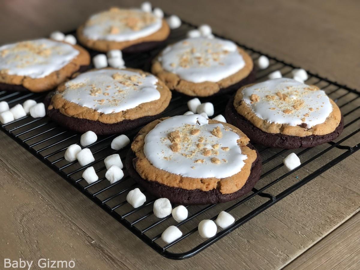 Crumbl Smores brownie cookies