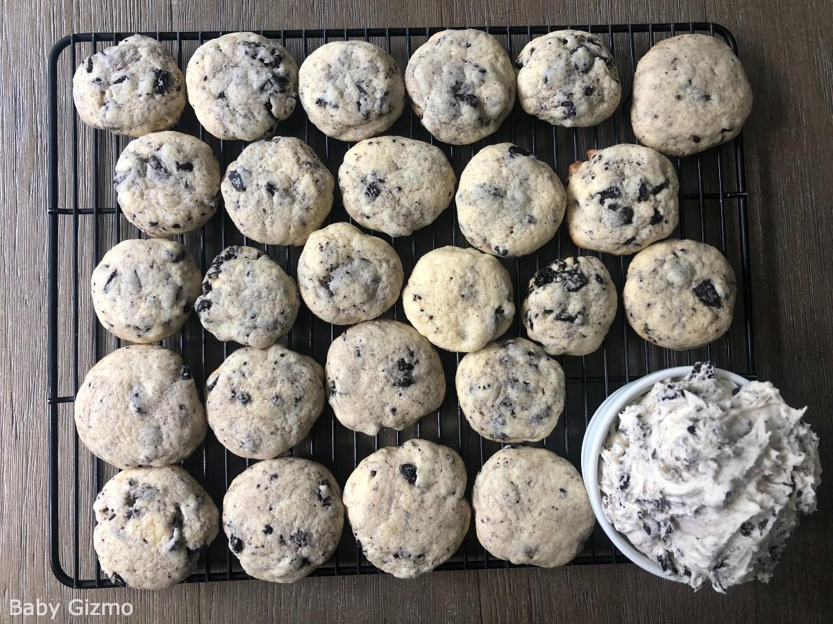 Crumbl Cookies and Cream Cookies