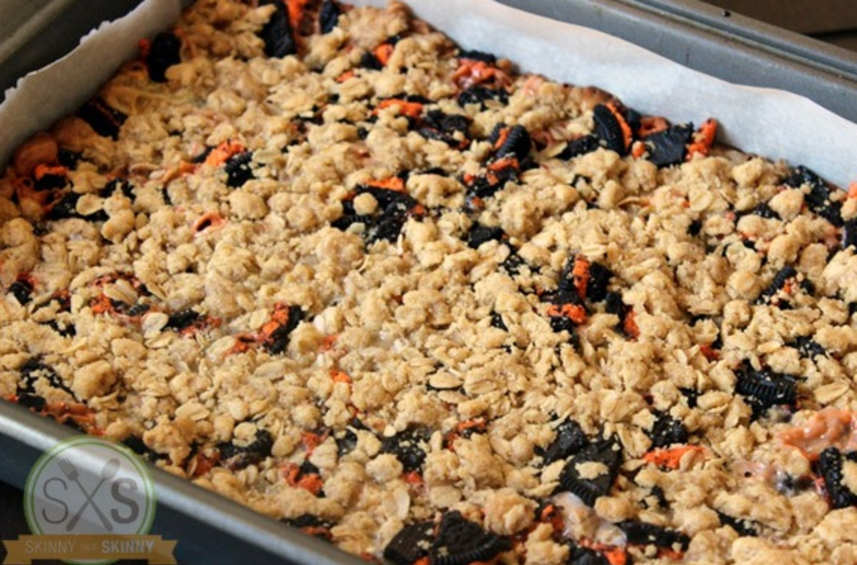 oreo cookie bars in pan